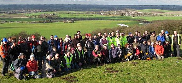 Volunteers at the Chilterns mass scrub bash 2012